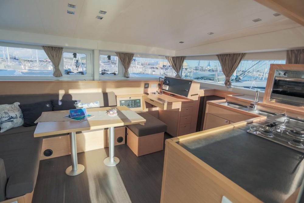 Boat rental Croatia cheap Lagoon 400 S2