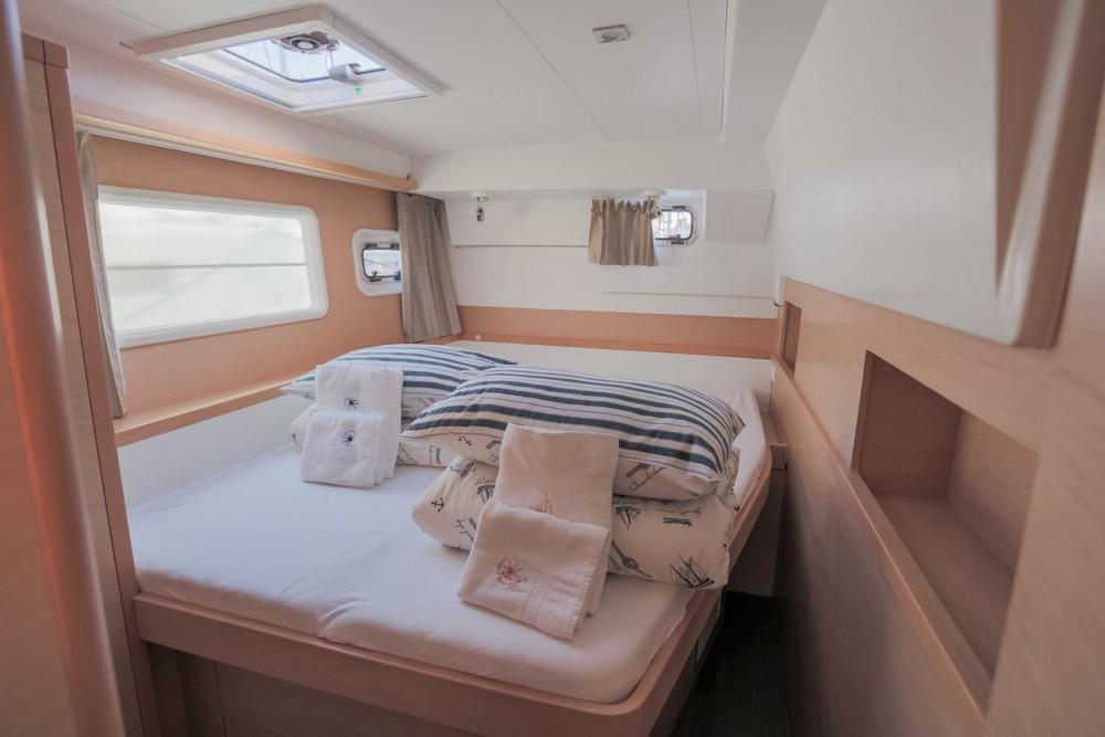 Rental Catamaran in Croatia - Lagoon Lagoon 400 S2