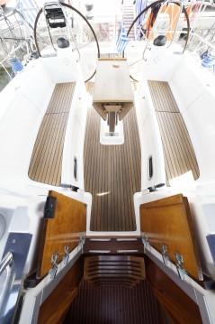 Boat rental Athens cheap Bavaria 43 Cruiser