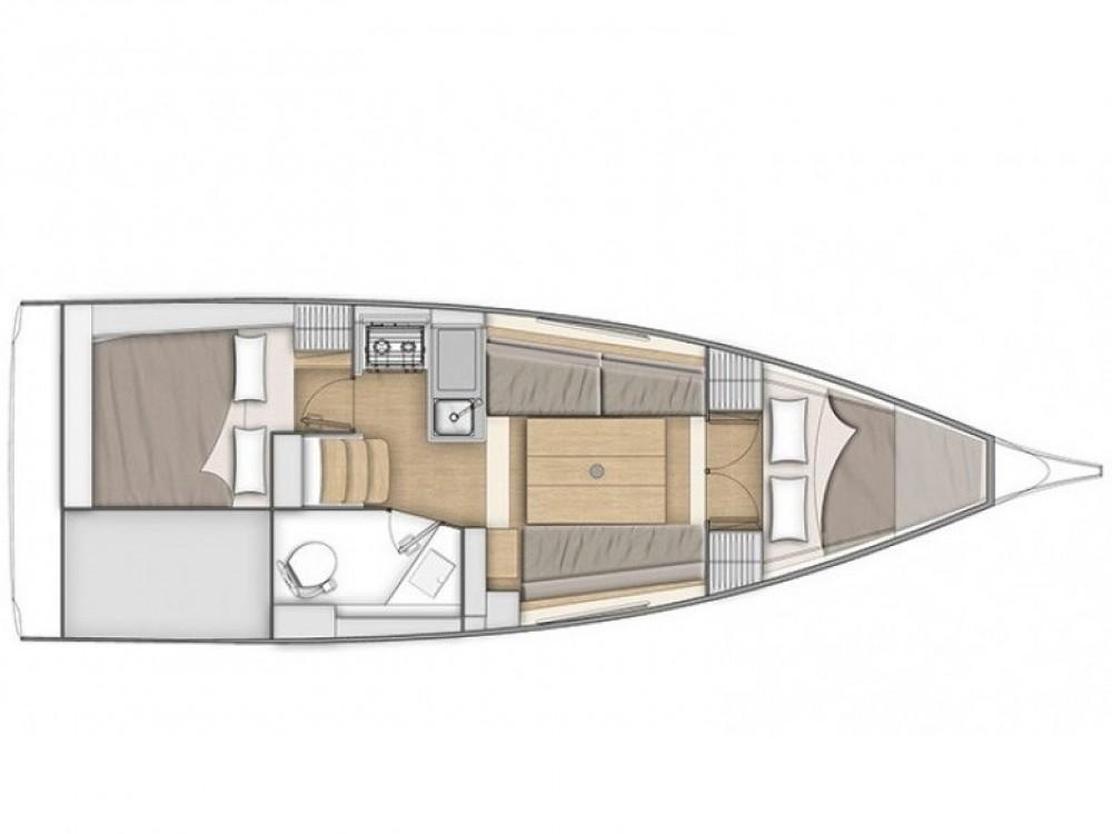 Rental Sailboat in Izola / Isola - Bénéteau Oceanis 30.1
