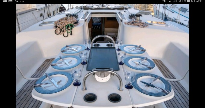 Sailboat for rent Mahón at the best price