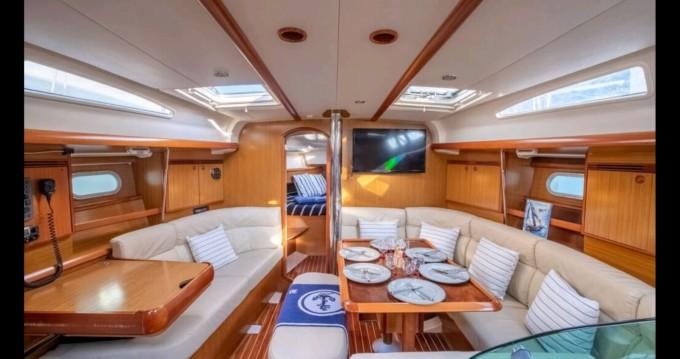 Rental Sailboat in Mahón - Jeanneau Sun Odyssey 40.3