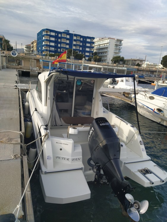 Boat rental Bénéteau Antares 7 in Cambrils on Samboat