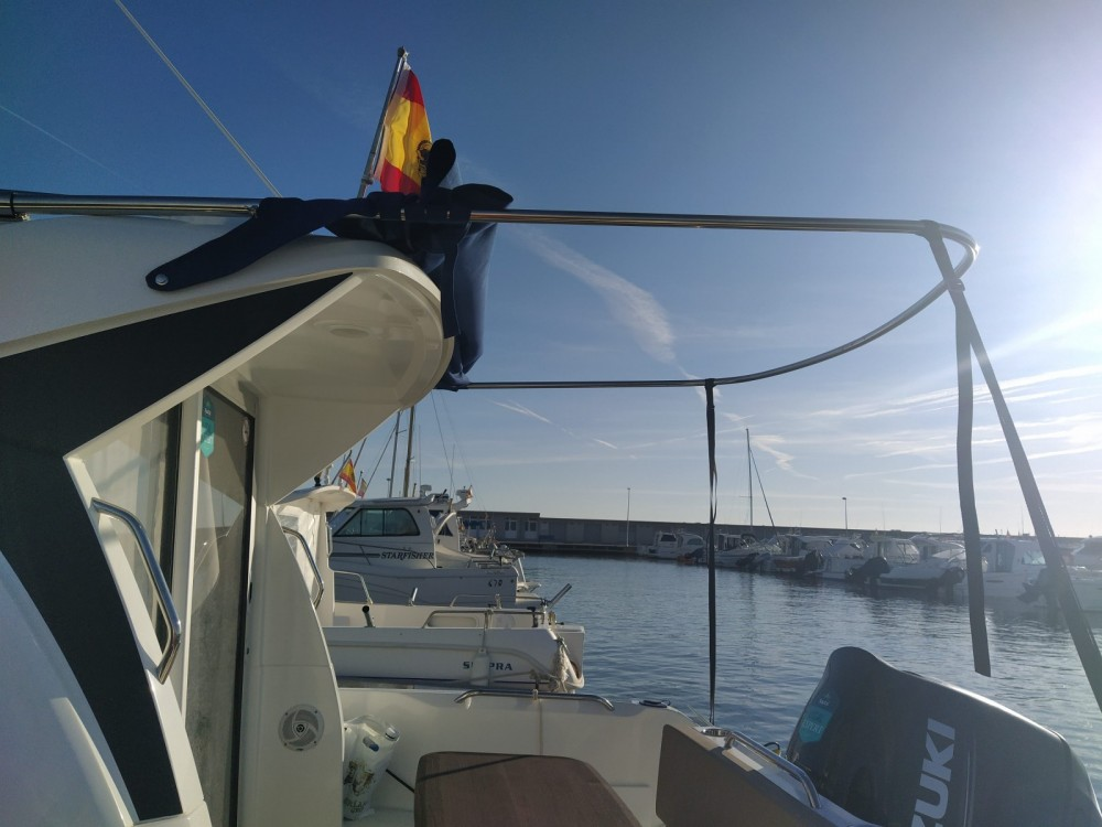 Bénéteau Antares 7 between personal and professional Cambrils