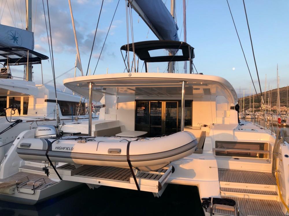 Rental Catamaran in Seget Donji - Lagoon Lagoon 50 - 6 + 2 cab.