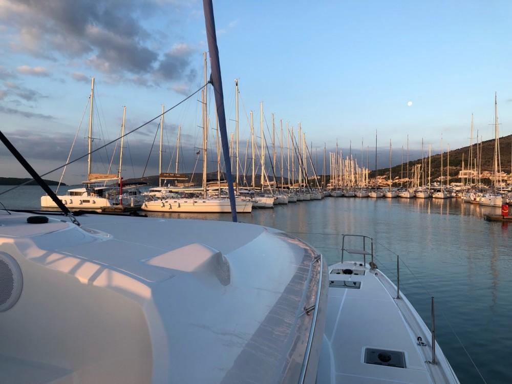 Rental yacht Seget Donji - Lagoon Lagoon 50 - 6 + 2 cab. on SamBoat