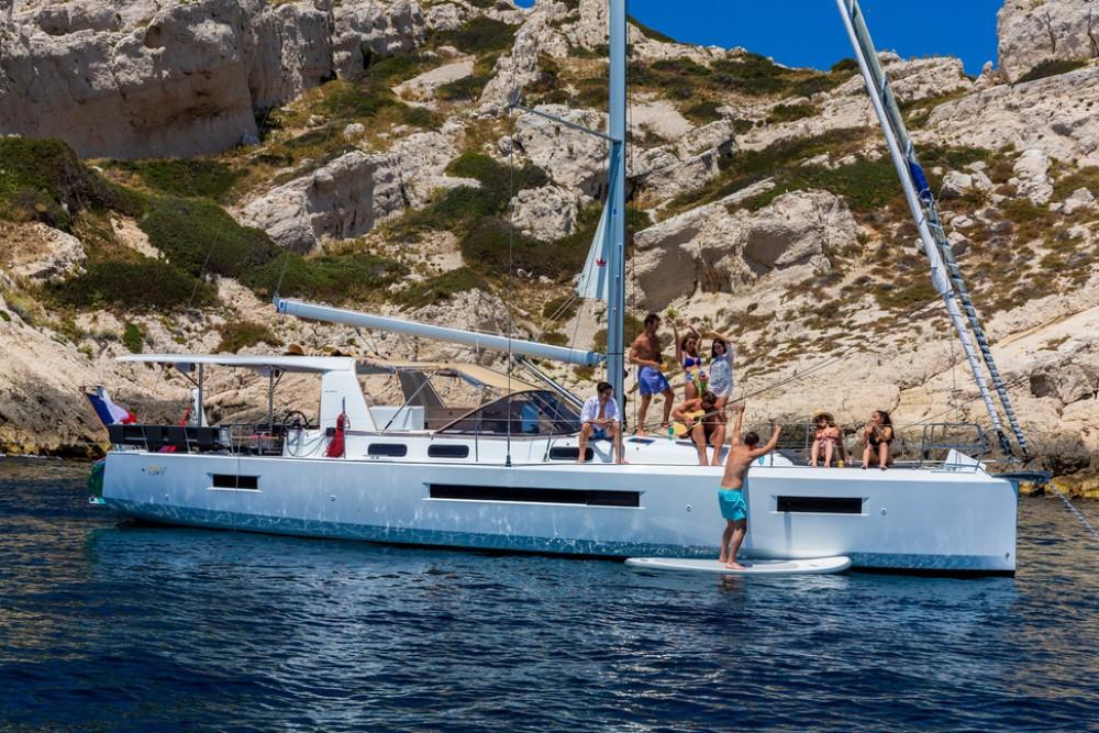 Boat rental Jeanneau Sun Loft 47 - 6+1 cab. in Seget Donji on Samboat