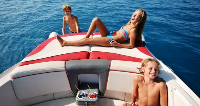 Hire Motorboat with or without skipper Sea Ray Gaios