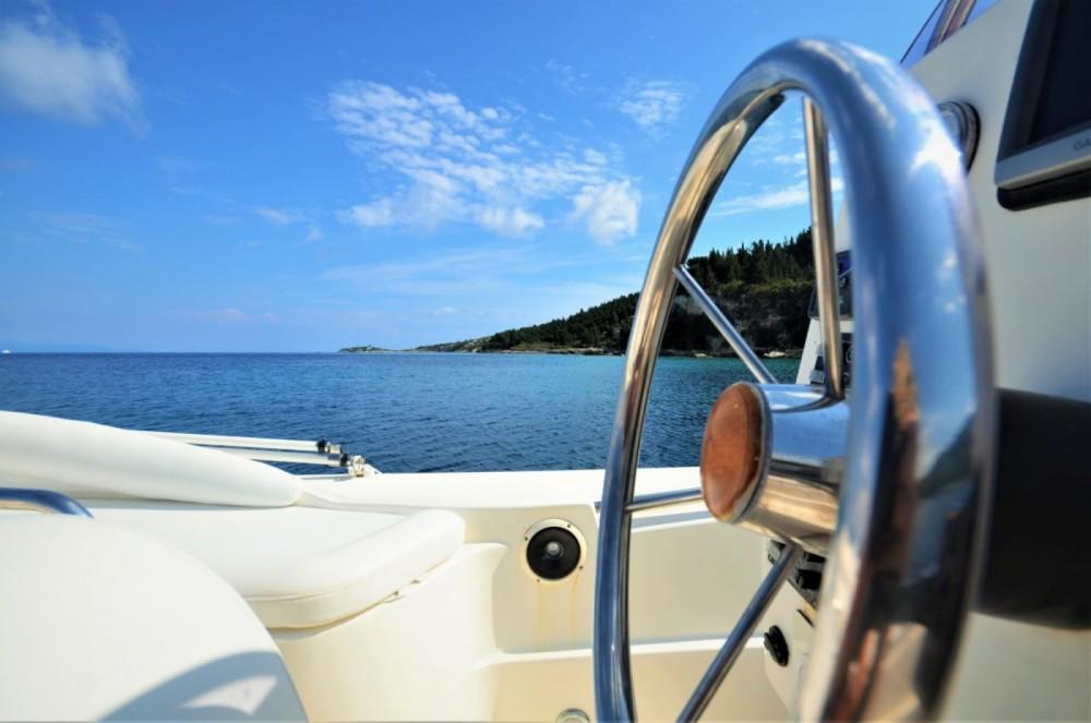 Boat rental Scanner Envy 710 in Gaios on Samboat