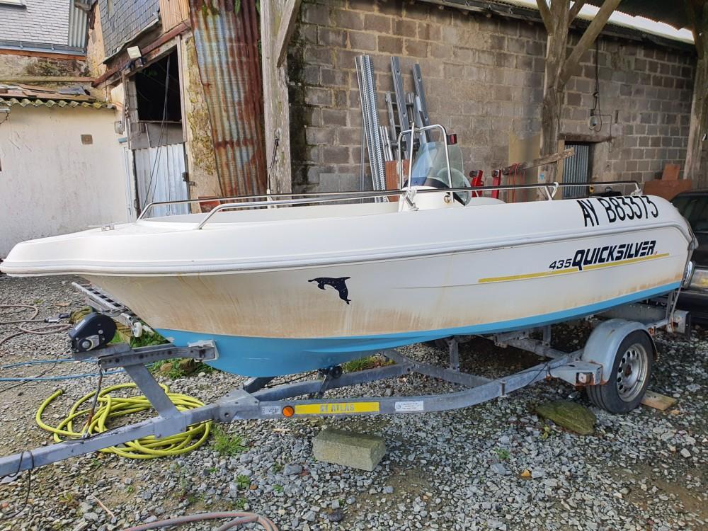 Boat rental La Chapelle-sur-Erdre cheap Quicksilver 435 Open