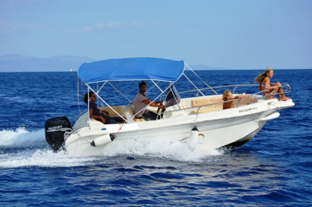 Hire Motorboat with or without skipper Vittoria Matu  Gaios