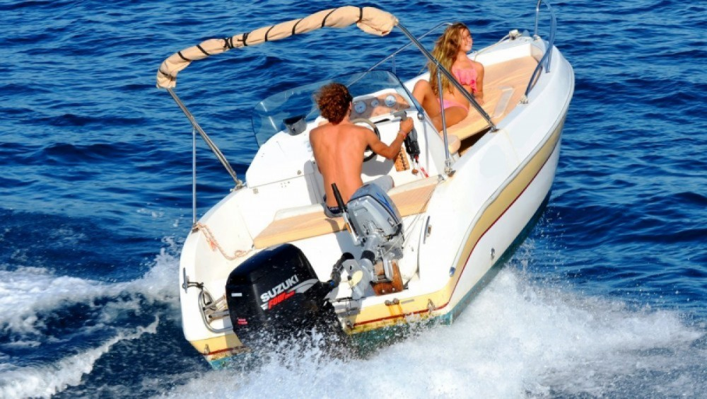 Boat rental Aquamar Ericusa 550 in Gaios on Samboat