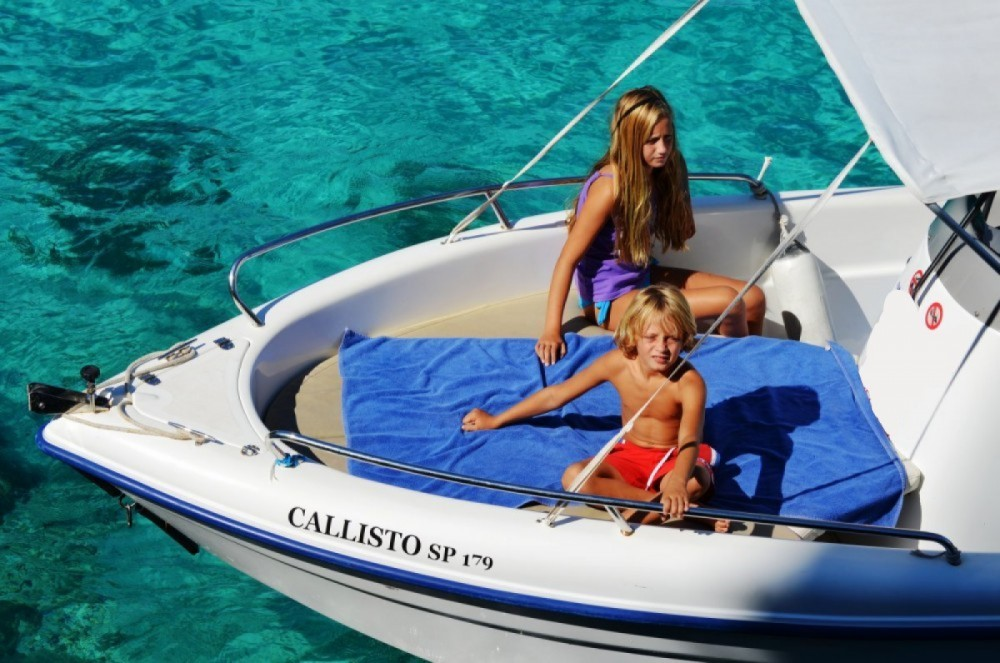 Hire Motorboat with or without skipper Poseidon Gaios