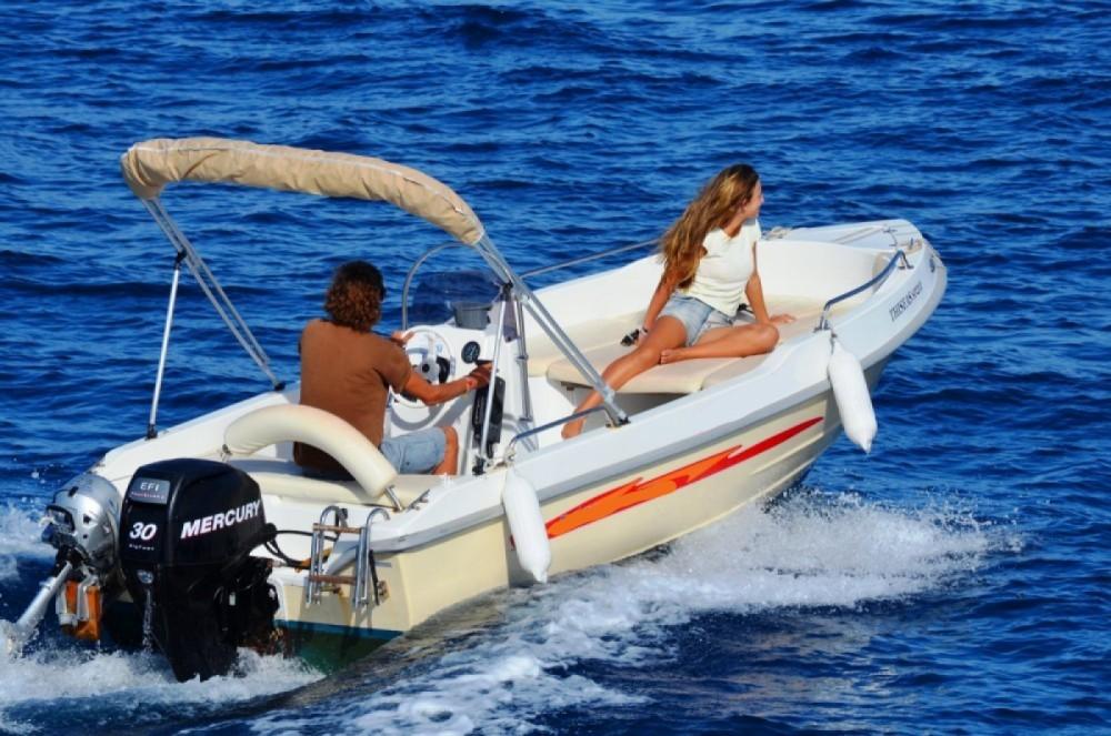 Rental yacht Gaios - Assos Marine 500 on SamBoat