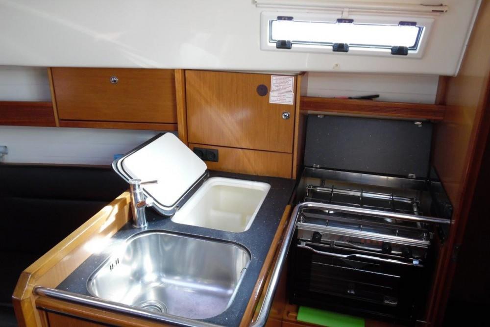 Boat rental Phuket cheap Bavaria 32