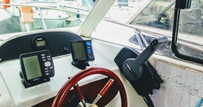 Hire Motorboat with or without skipper Jeanneau Capbreton