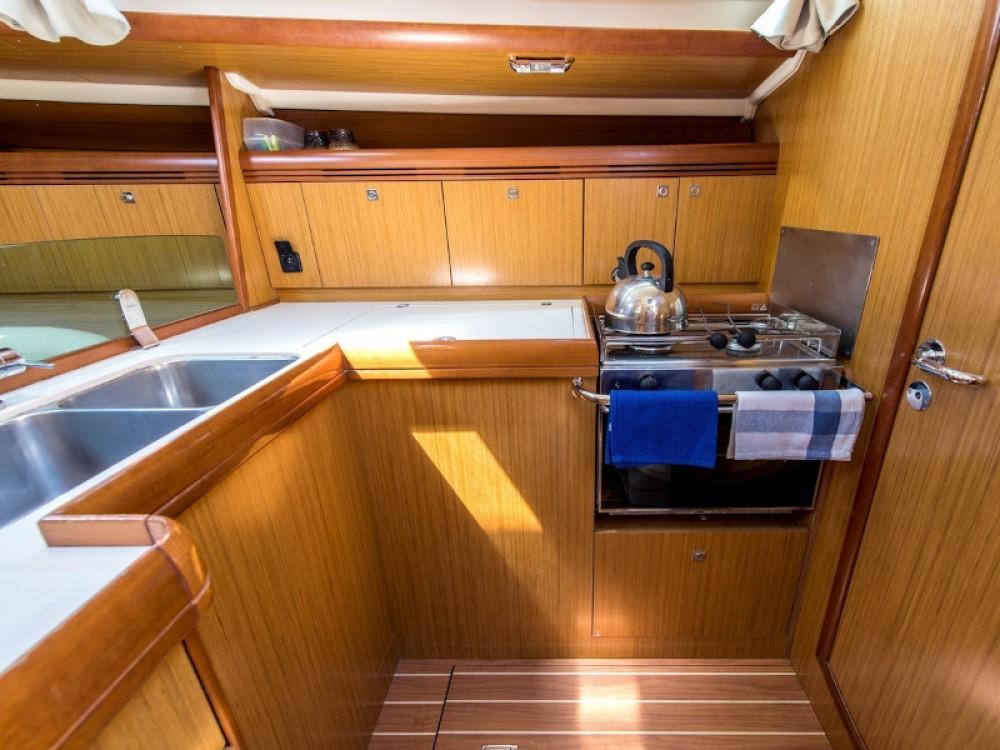 Rental yacht Laurium - Jeanneau Sun Odyssey 42i on SamBoat