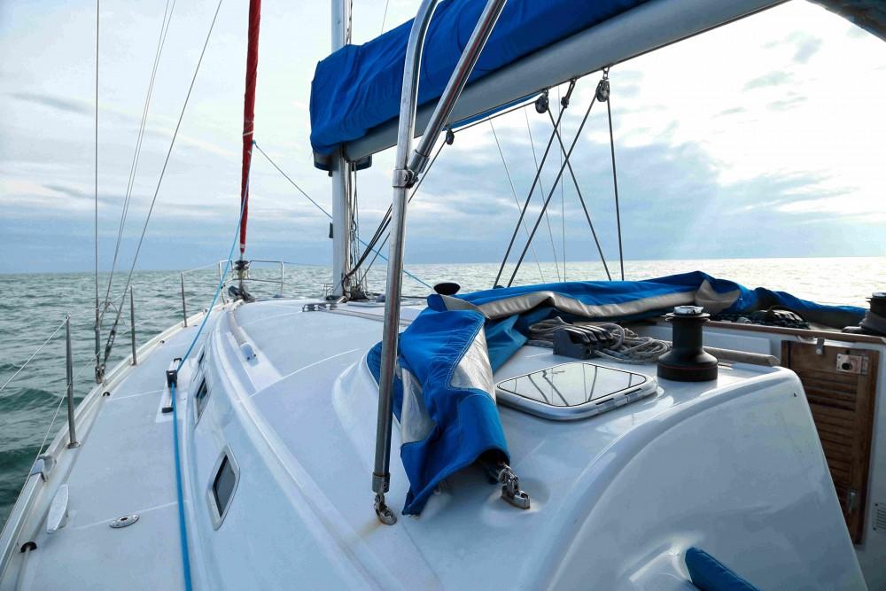 Rental yacht Kassándreia - Bénéteau Cyclades 434 on SamBoat