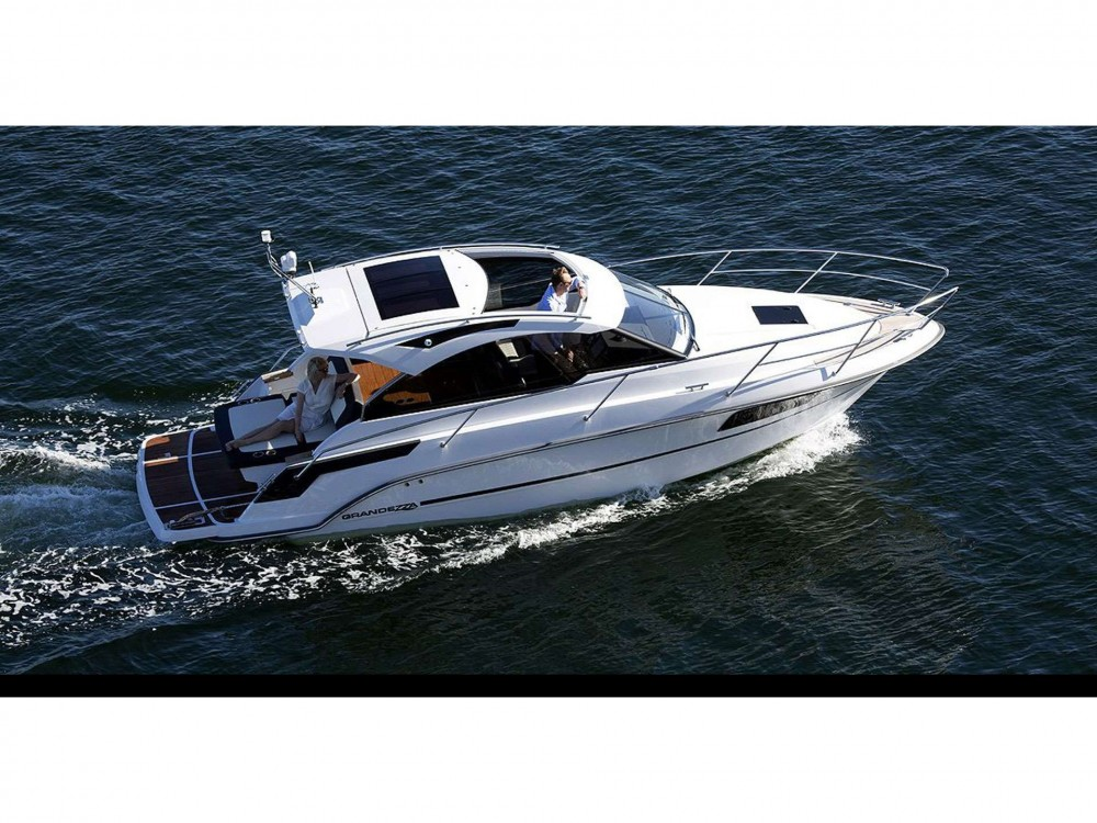 Hire Motor boat with or without skipper Grandezza Trogir