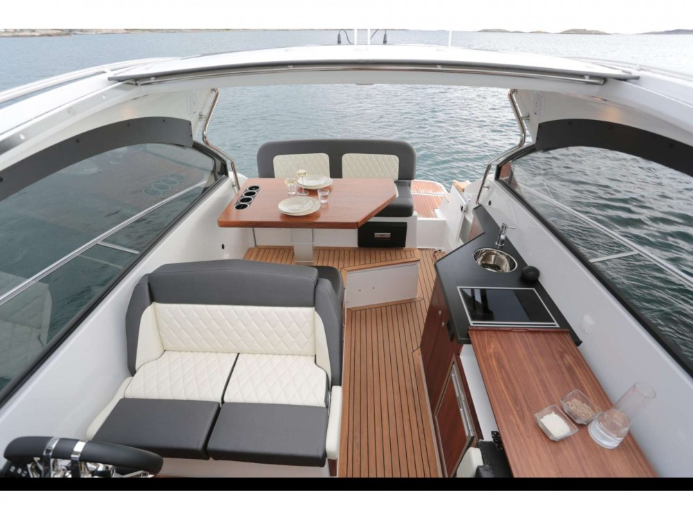 Motor boat for rent Trogir at the best price