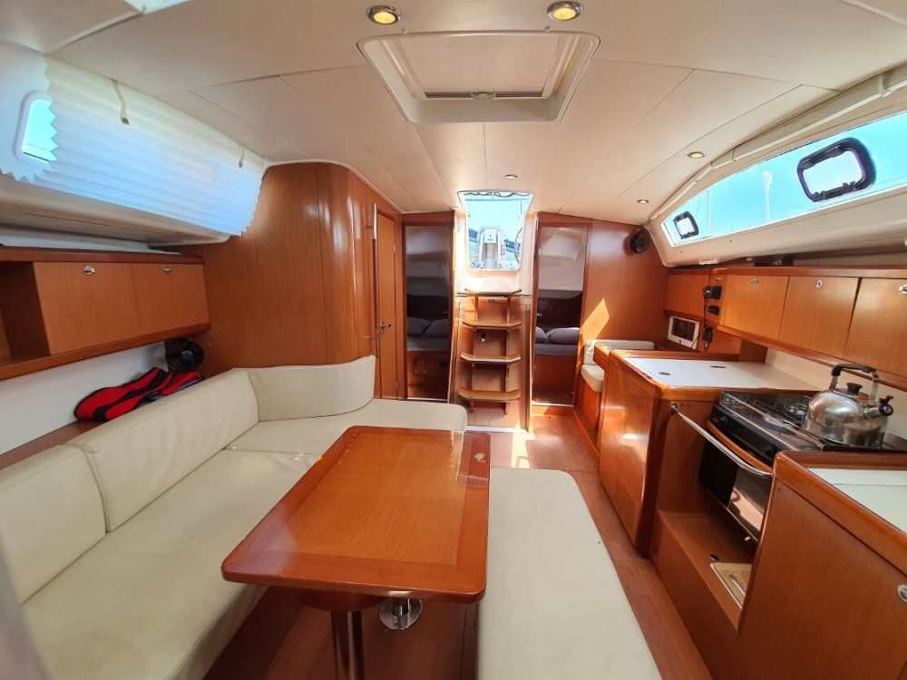 Rental Sailboat in Phuket - Bénéteau Oceanis 40