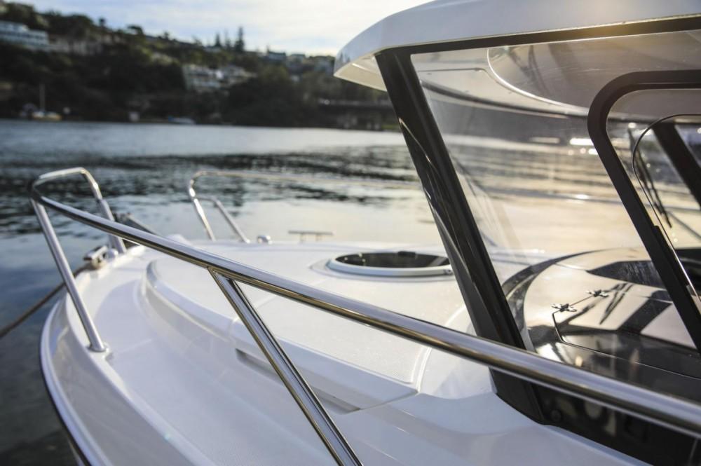 Boat rental Parker Parker 790 Explorer in Ajaccio on Samboat