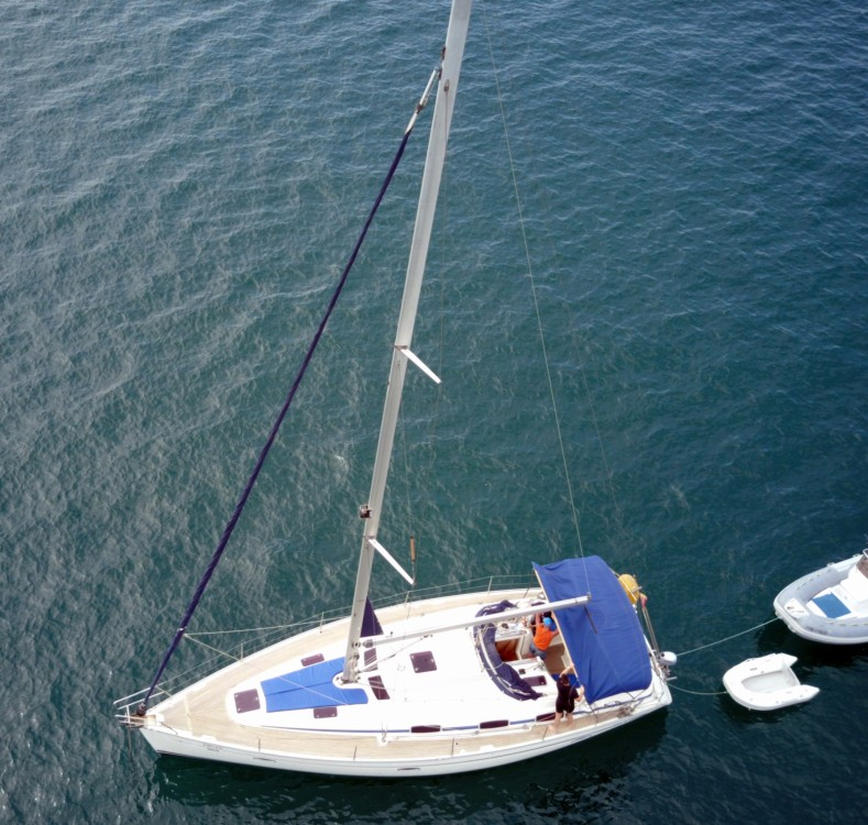 Hire Sailboat with or without skipper Bavaria Campos