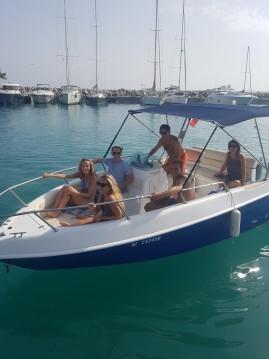 Boat rental Saint-Laurent-du-Var cheap Eden 20