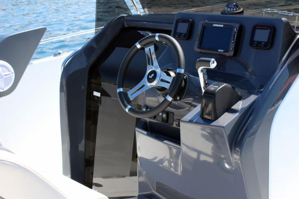 Rental yacht Palma - Bénéteau FLYER 7.7 on SamBoat