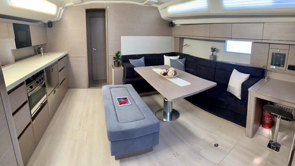 Rental yacht Nikiana - Hanse 508 on SamBoat