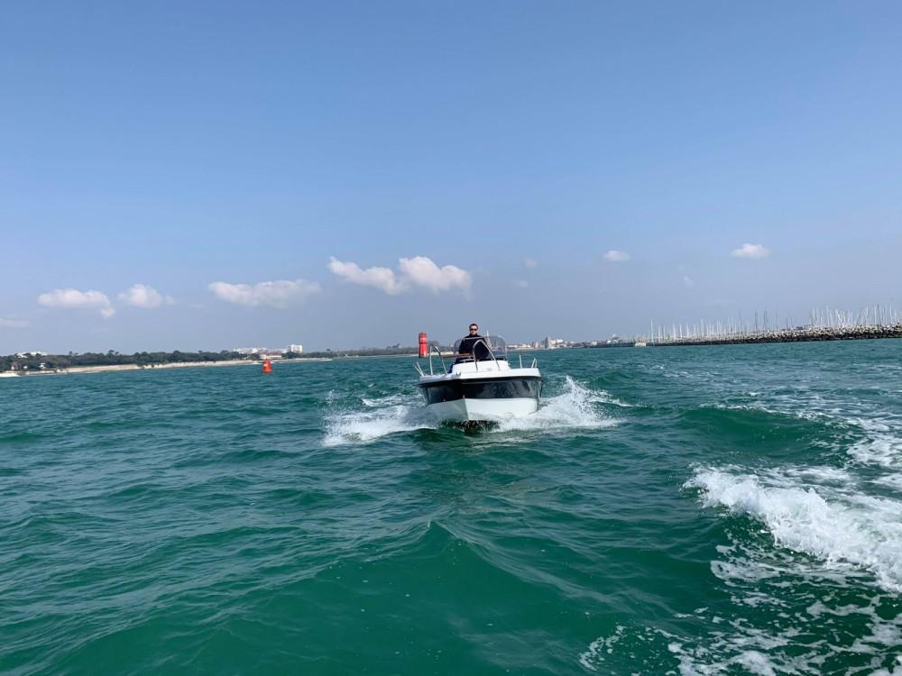 Boat rental La Rochelle cheap Open 605