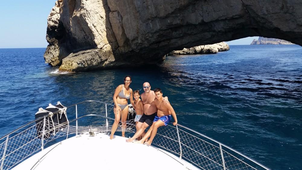 Rental yacht Ibiza - Azimut Azimut 40 Fly on SamBoat