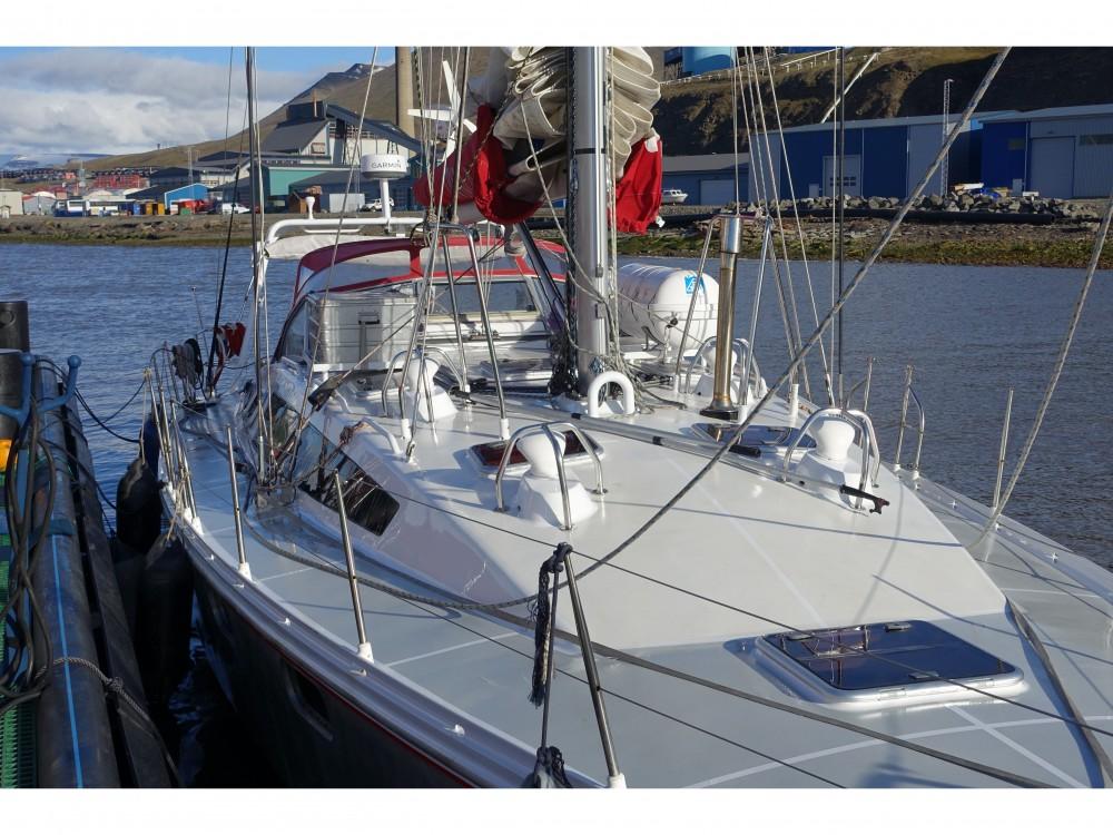 Boat rental  cheap Ovni 445