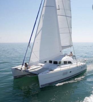 Rental yacht Ostia - Lagoon Lagoon 380 S2 on SamBoat