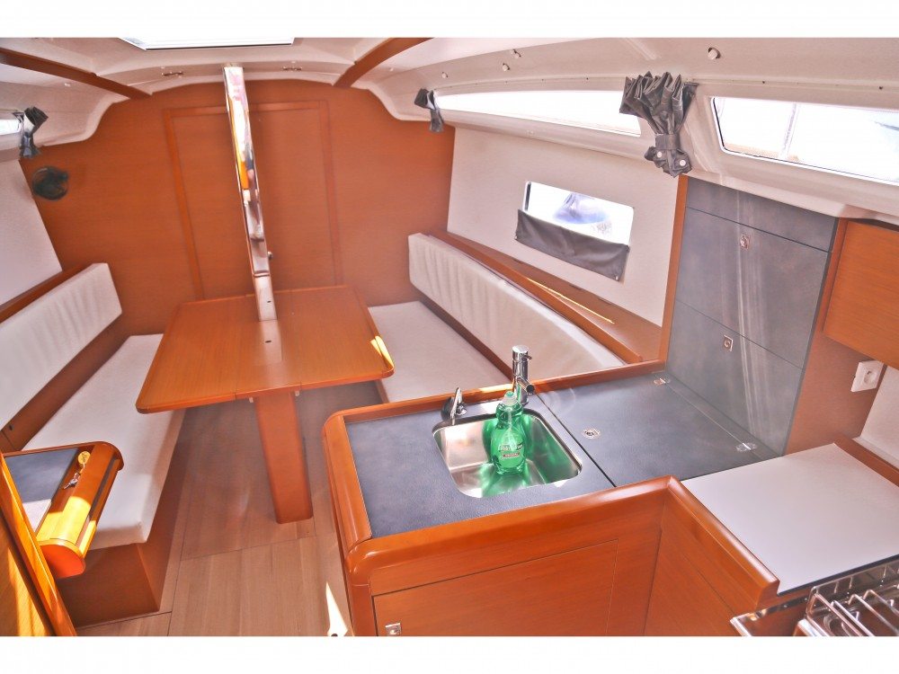 Jeanneau Sun Odyssey 349 between personal and professional Volos Municipality