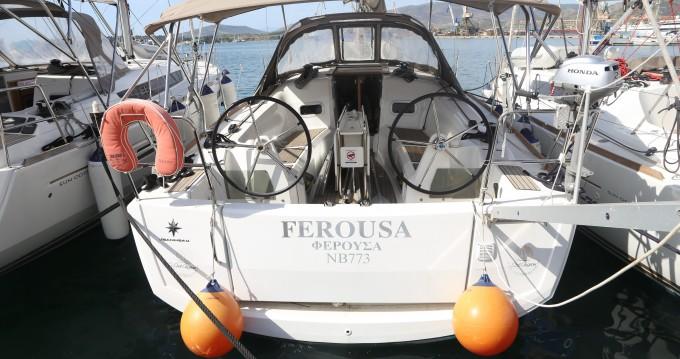Rental Sailboat in Skopelos Town - Jeanneau Sun Odyssey 349