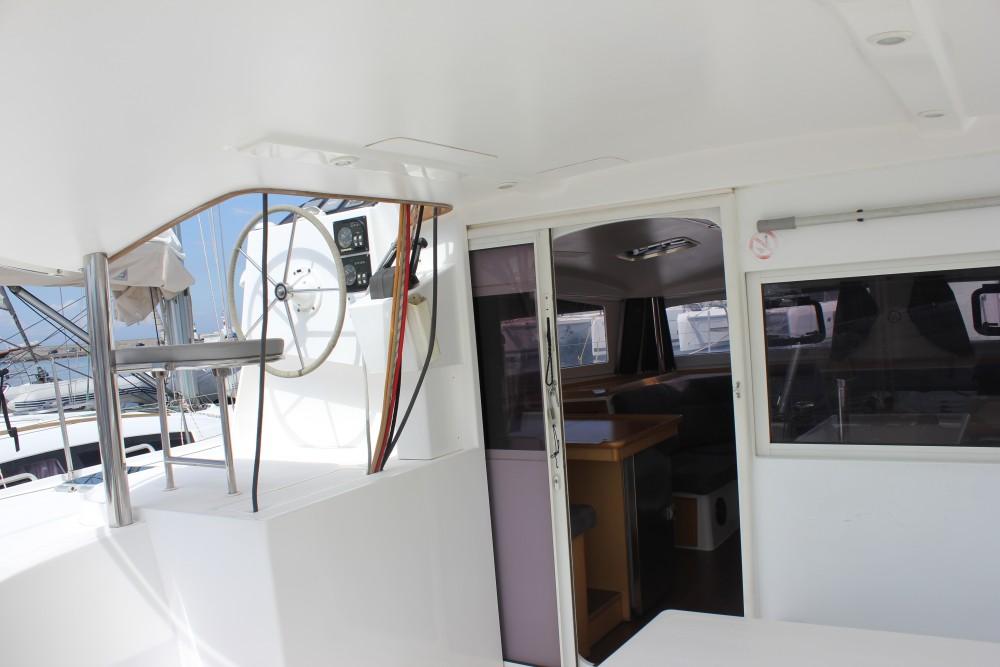 Boat rental Álimos cheap Nautitech 441