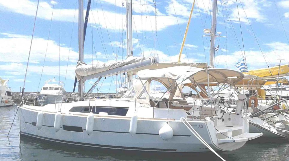 Rental Sailboat in Alimos Marina - Dufour Dufour 382 GL
