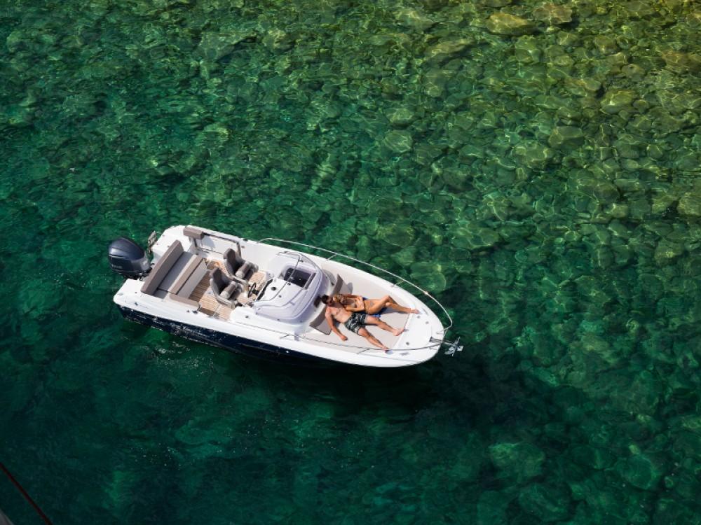 Boat rental Jeanneau Cap Camarat 7.5 in  on Samboat