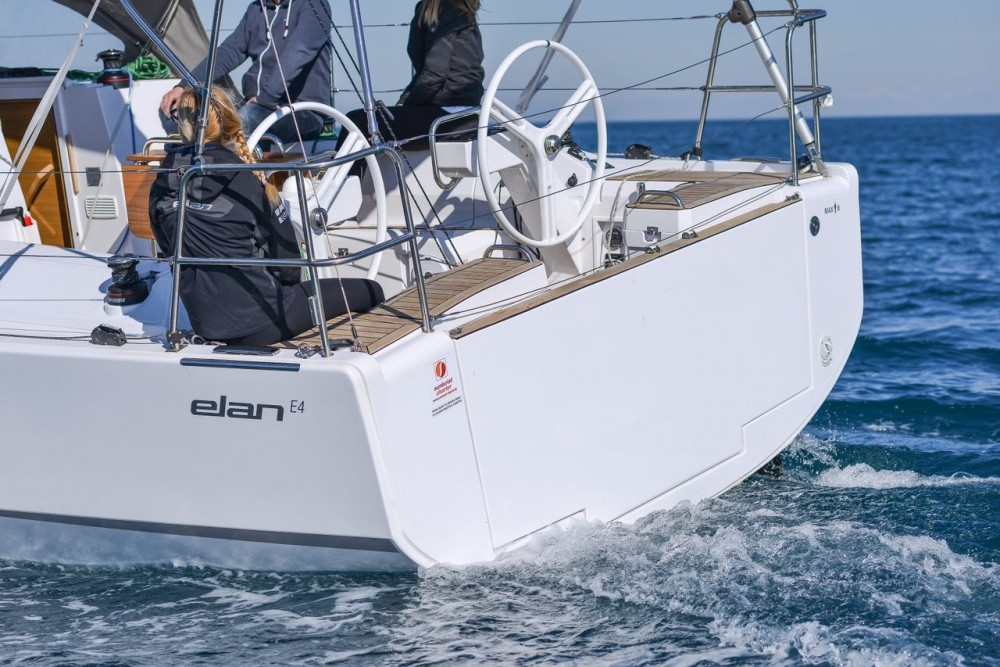 Rental yacht  - Elan Elan E4 on SamBoat