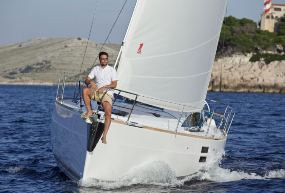 Boat rental Elan Elan Impression 40.1 in Pirovac on Samboat