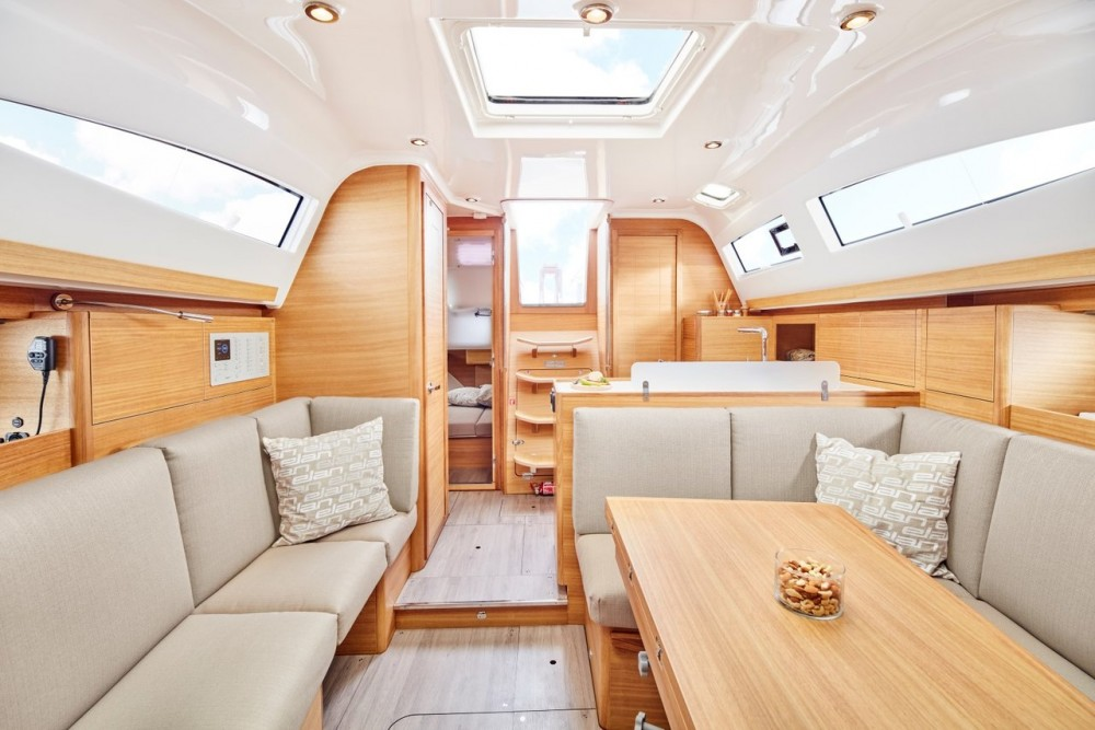 Sailboat for rent Pirovac at the best price