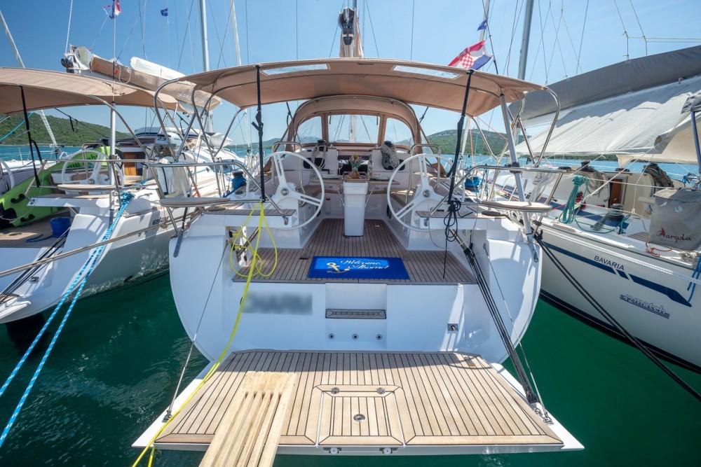 Boat rental Elan Elan Impression 45 in Pirovac on Samboat
