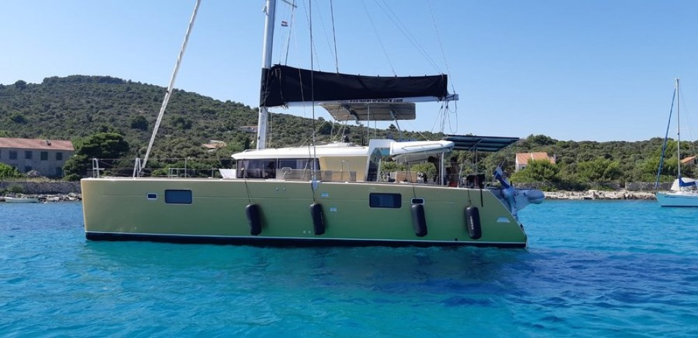Hire Catamaran with or without skipper Lagoon Pirovac