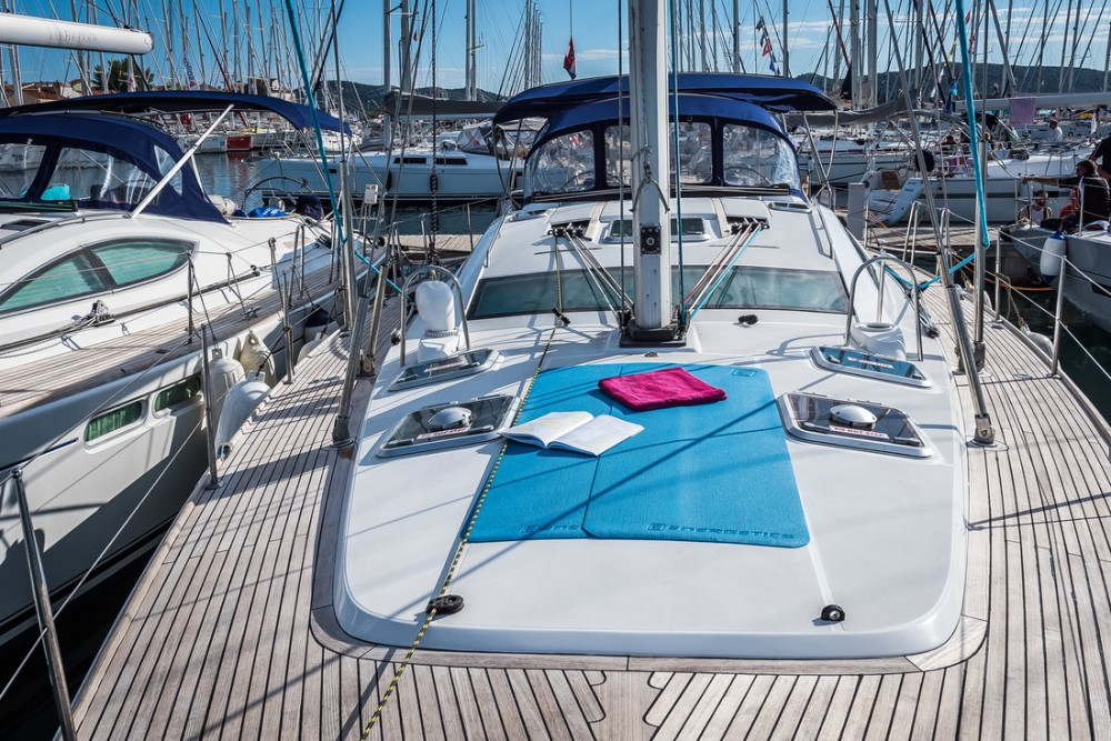 Rental yacht Pirovac - Jeanneau Sun Odyssey 54 DS - 4 + 1 cab. on SamBoat