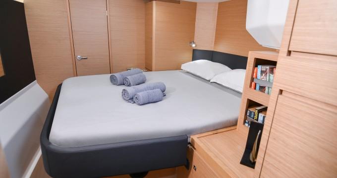 Rental Catamaran in Páros - Dufour Dufour 48 Catamaran