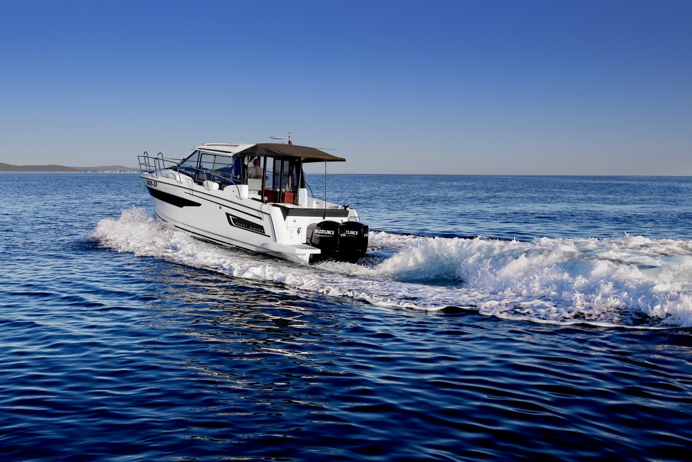 Hire Motor boat with or without skipper Jeanneau Zadar