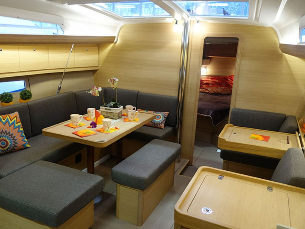 Rental yacht Pula - Dufour Dufour 410 (3c-1h) on SamBoat