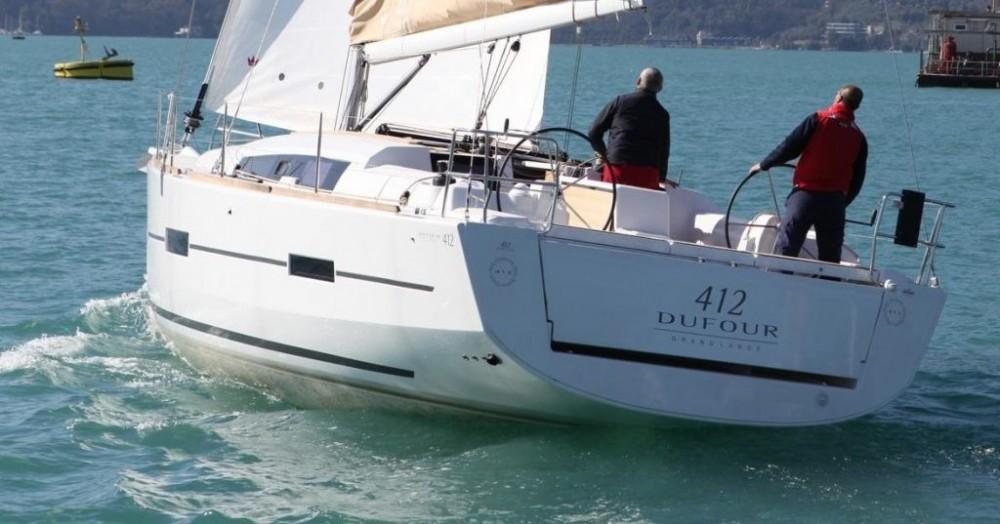 Rental Sailboat in Marseille - Dufour Dufour 412