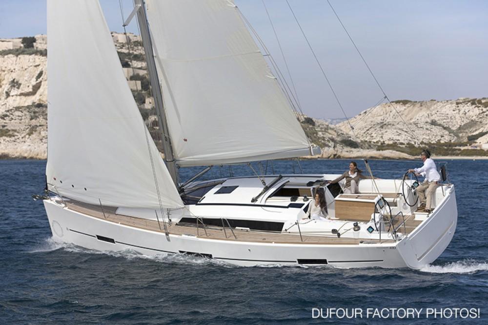 Rent a Dufour Dufour 412 Marseille